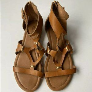 CL by Laundry Brown Gladiators Size 7